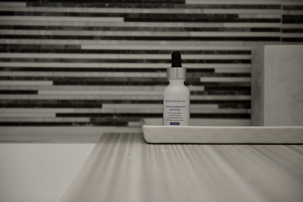 SkinCeuticals Discoloration Defense